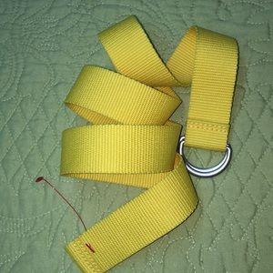 Yellow woven canvas D ring Adjustable belt NEW WOT